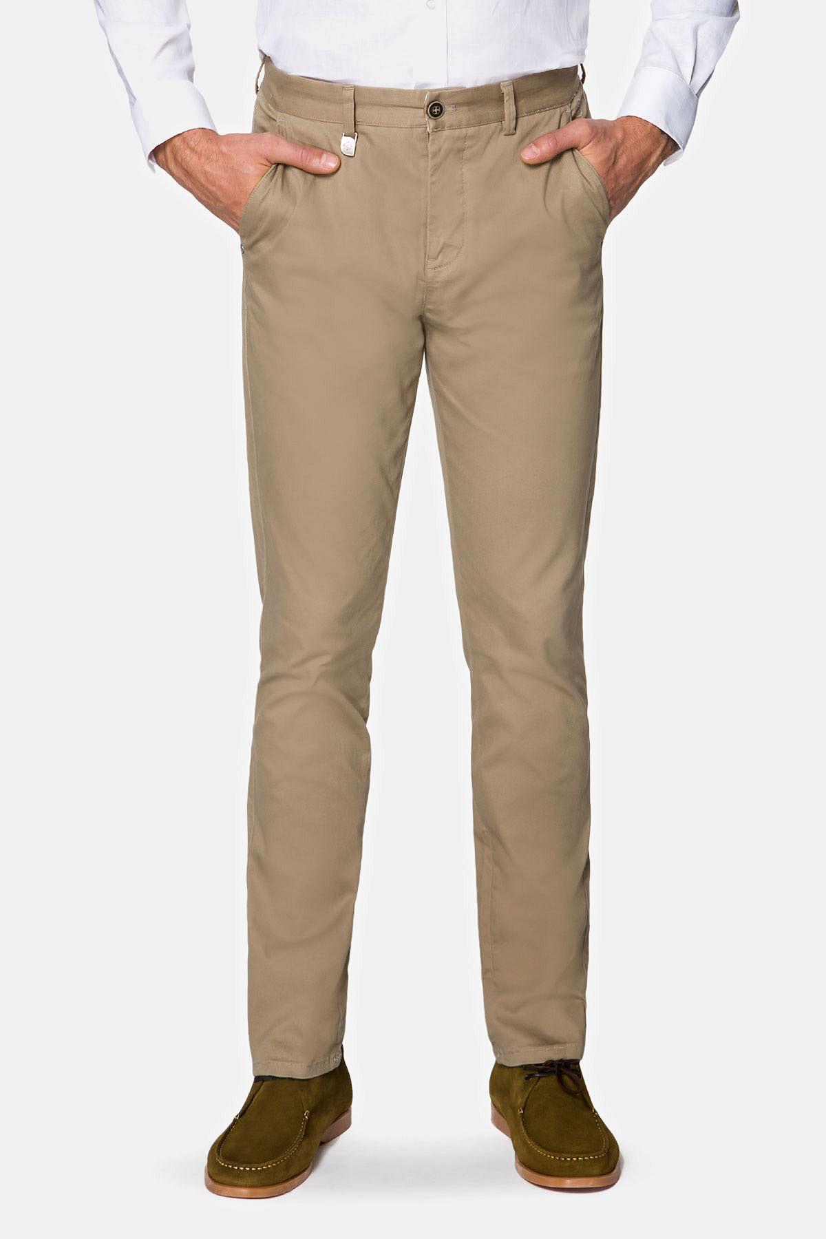 Spodnie Jasnobeżowe Chino Dennis rozmiar W31/L32; W32/L32; W33/L32; W34/L32; W34/L34; W35/L32; W35/L34; W36/L32; W36/L34; W38/L32; W38/L34; W