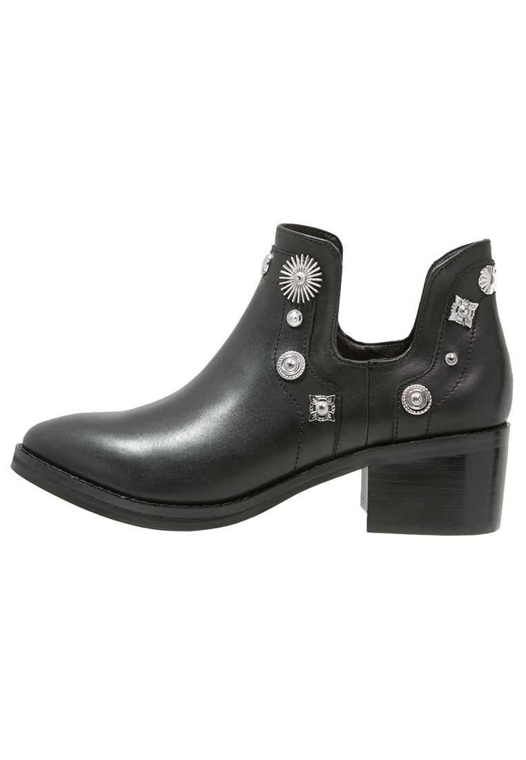Eeight Ankle boot black/silver - OCTAVIA