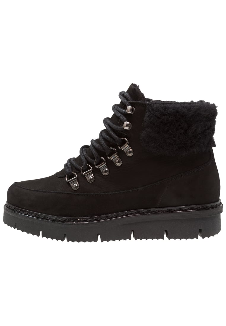 Bianco CLEATED WARM BOOT Ankle boot black - 33-49485