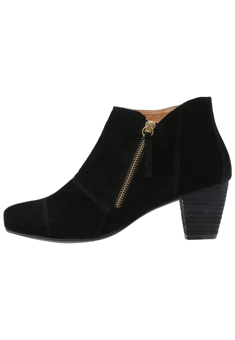 Pier One Ankle boot black - 55TPT46G