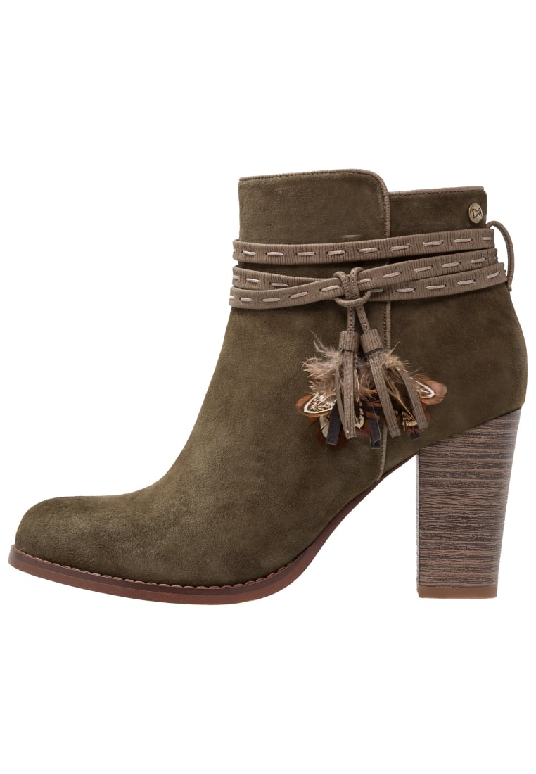 DNA Footwear BV CAITLYN Ankle boot army green - DW03-2132-03