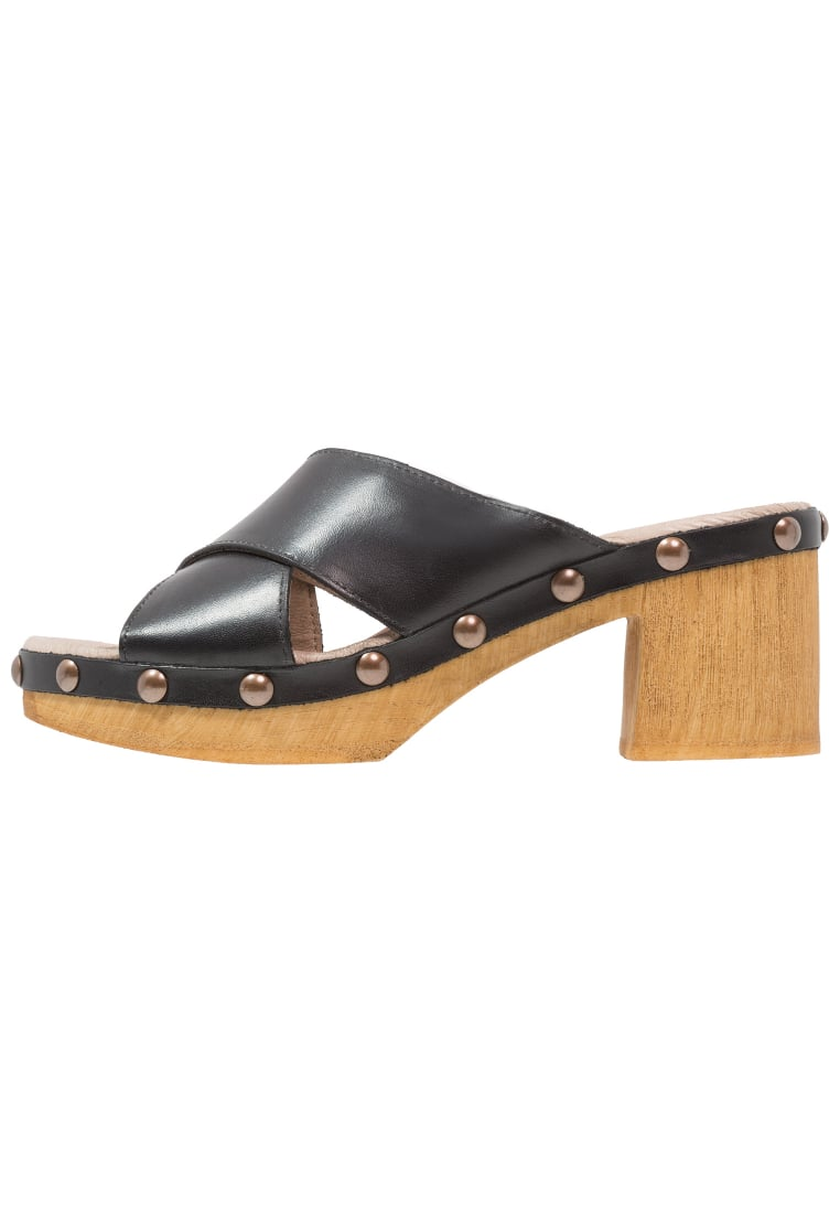 Ten Points FRIDA Klapki black - 343014