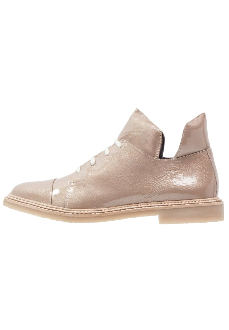 Shoeshibar NORMA Ankle boot taupe - Norma