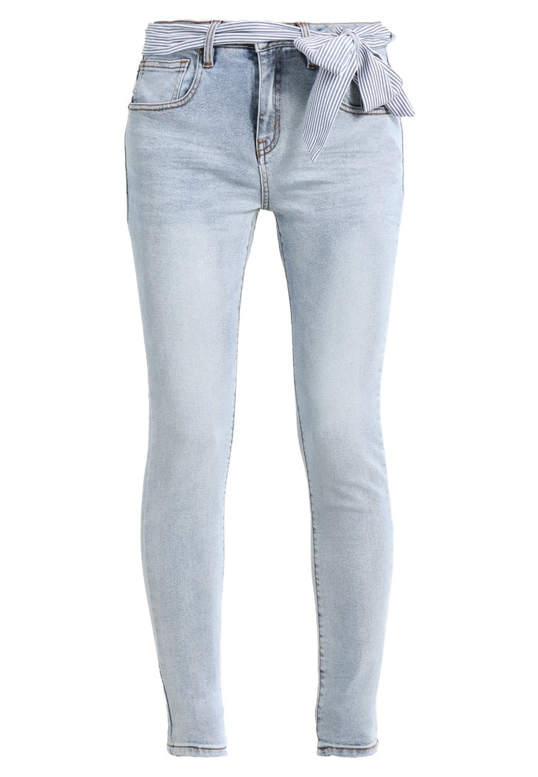 Circle of Trust COOPER Jeansy Slim Fit sky wash - S18.11