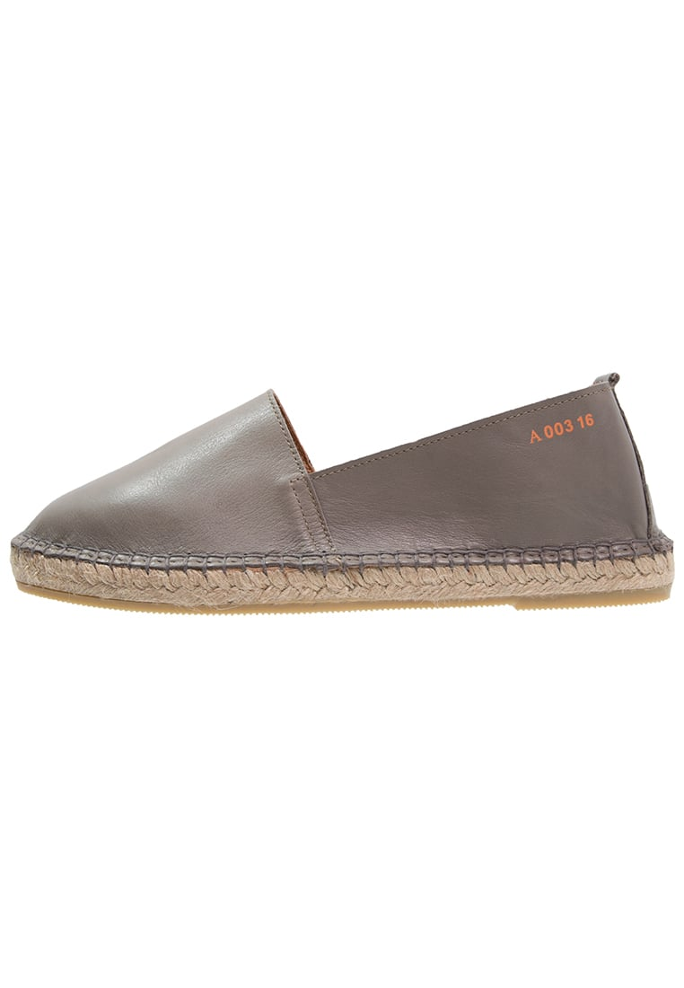 Act. Series ARVEN Espadryle grey - Arven