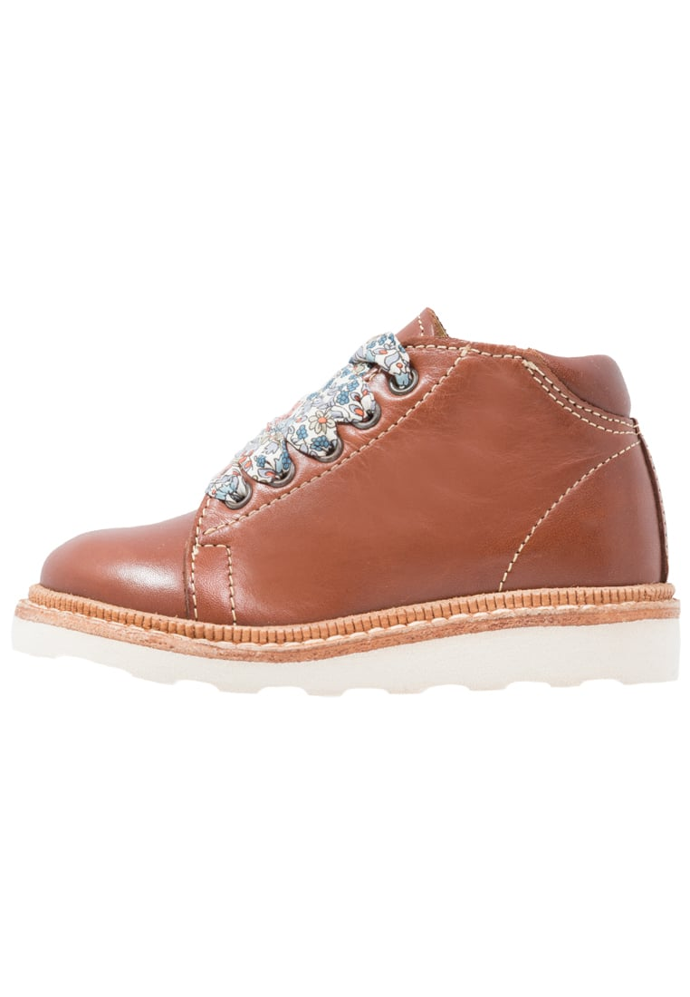 Young Soles HATTIE Sznurowane sportowe chestnut brown - Hattie Monkey Boot (Liberty Laces)