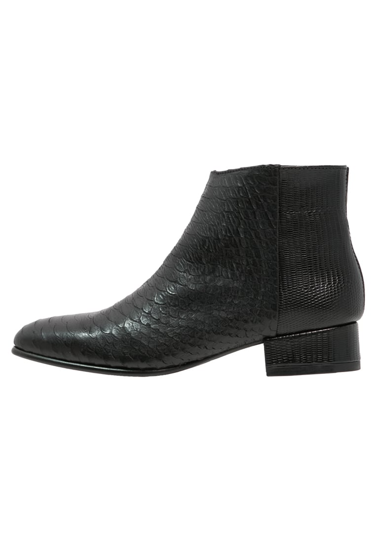 Fred de la Bretoniere Ankle boot black - FWO01.228139