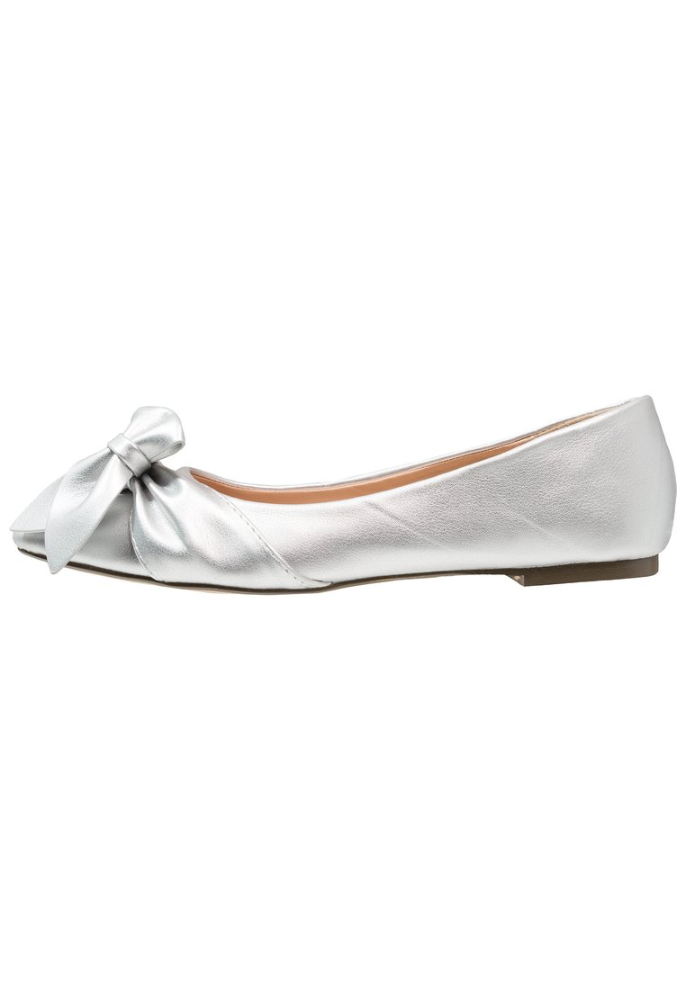 Lost Ink ESME HALF BOW POINTED FLAT Baleriny silver