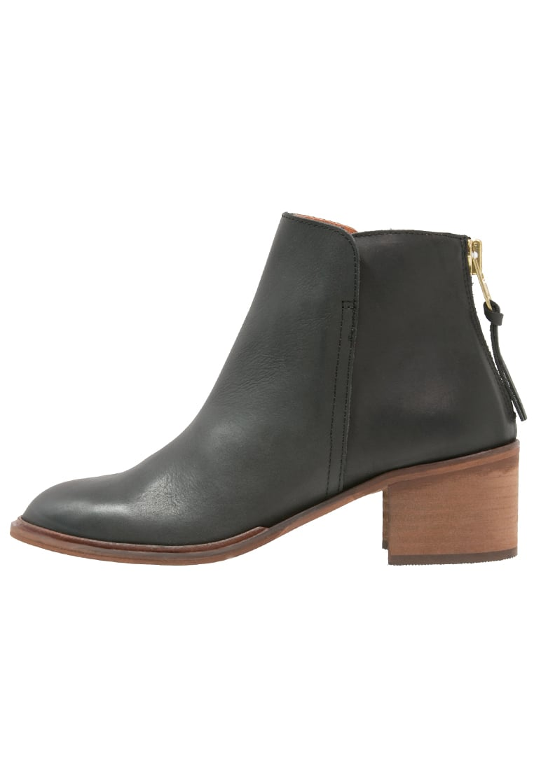 Office AMENDS Ankle boot black - Amends