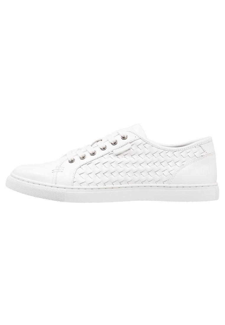 Kenneth Cole New York BRING ABOUT Tenisówki i Trampki white - KMS7LE034