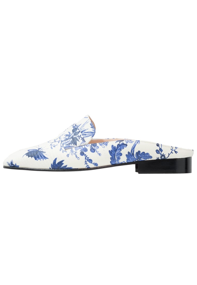 Club Monaco TATELYN  Klapki white/blue