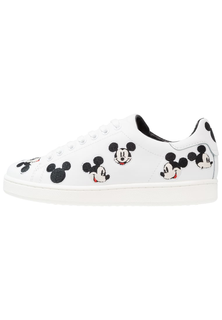 MOA Master of Arts DISNEY Tenisówki i Trampki white - MD61