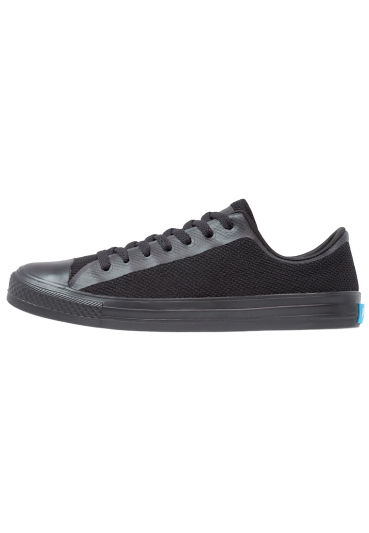People Footwear PHILLIPS Tenisówki i Trampki really black - NC01