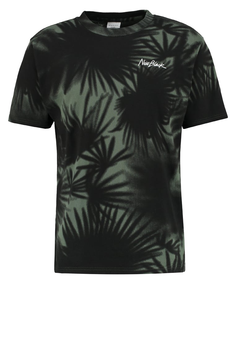 New Black EQUATOR Tshirt z nadrukiem forest - Equator Tee