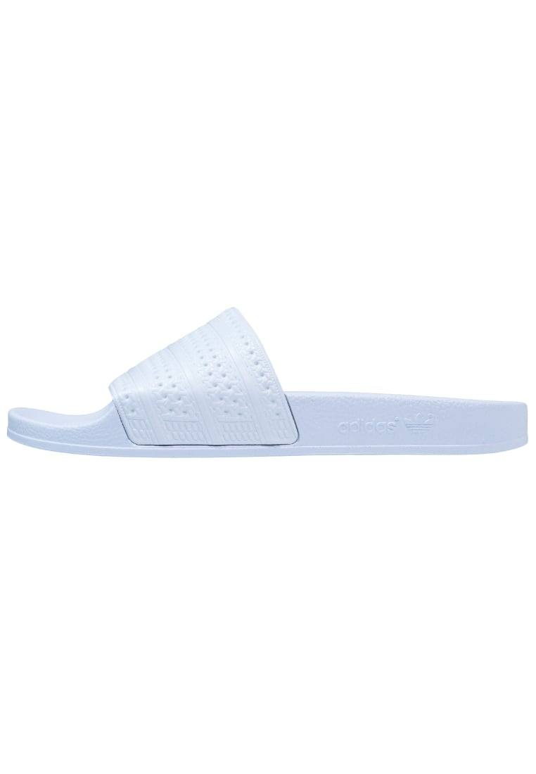 adidas Originals ADILETTE Klapki easy blue - BET97