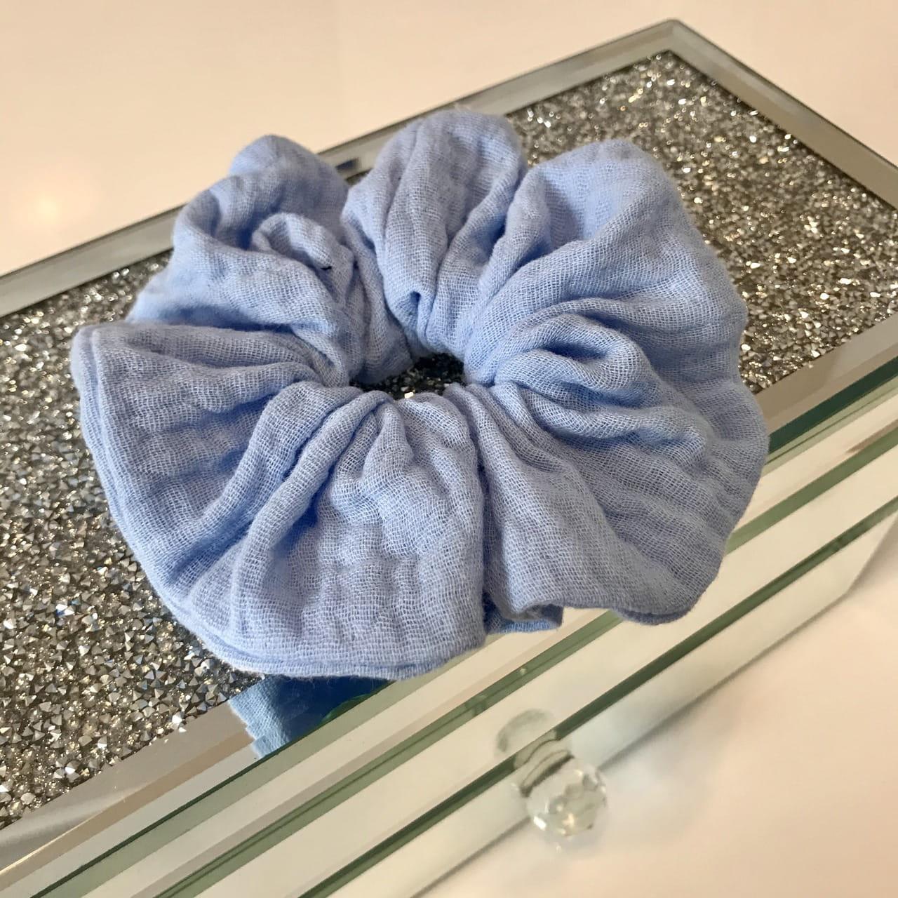 Błękitna gumka do włosów XXL OVERSIZE LATO rozmiar UNI – Moda Size Plus