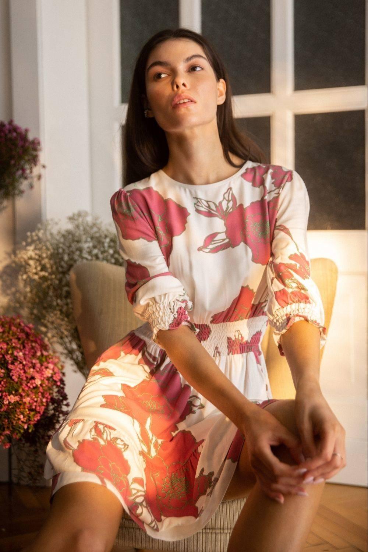 Sukienka Rozkloszowana sukienka mini w kwiaty z wysokim pasem 2