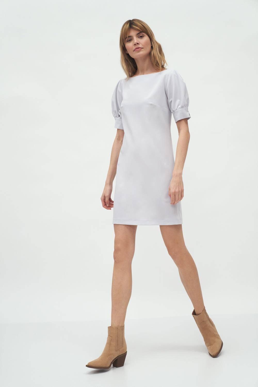 Opis: Szara koktajlowa sukienka mini z bufiastymi rękawami.