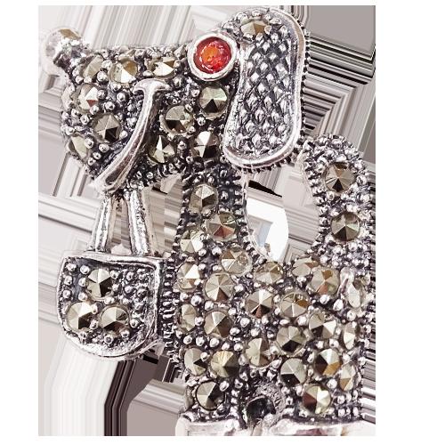 MILO Srebrna broszka z markazytami pies piesek