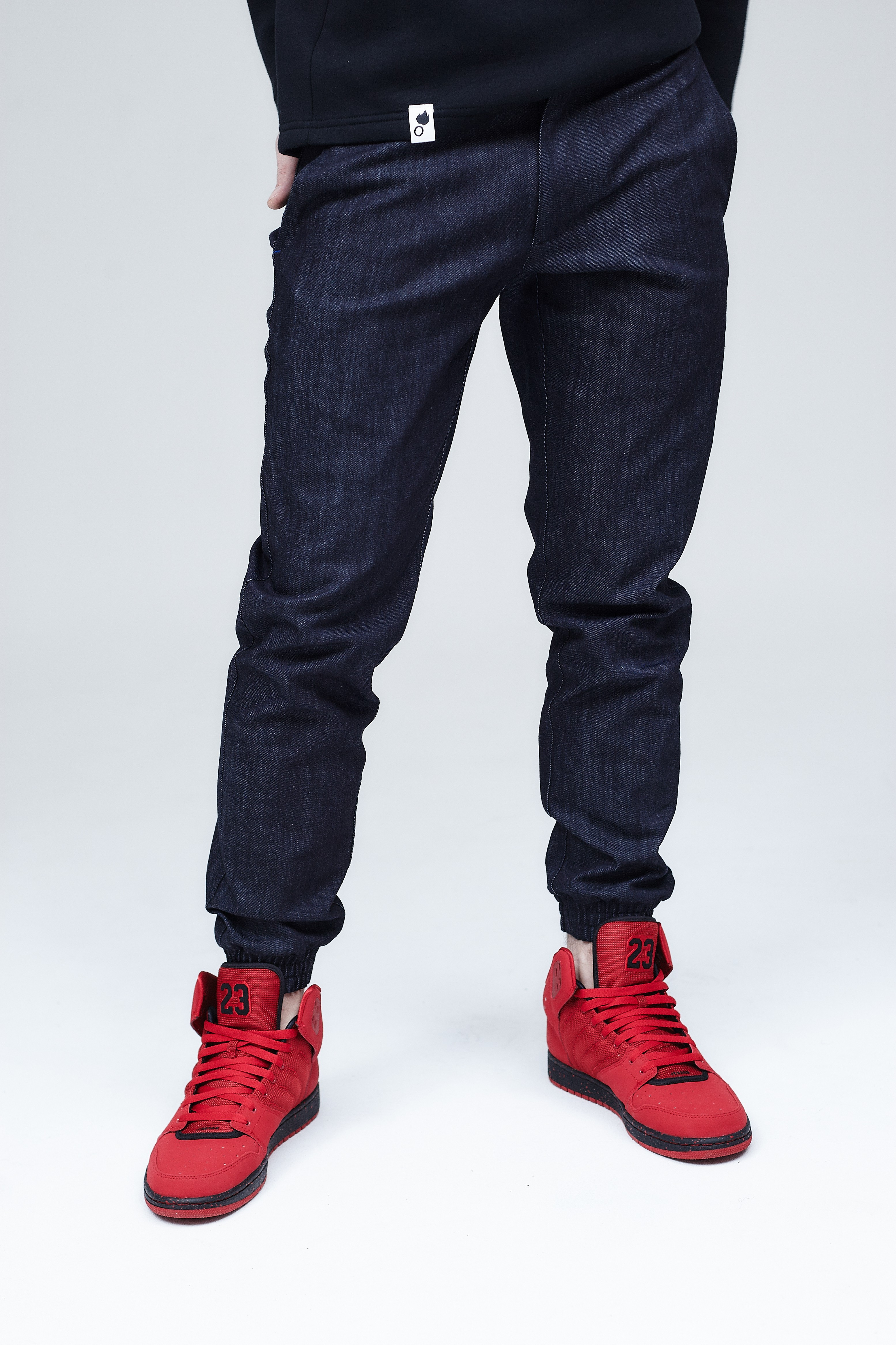 Jeansy Dark Denim Jogger Pants - 102743