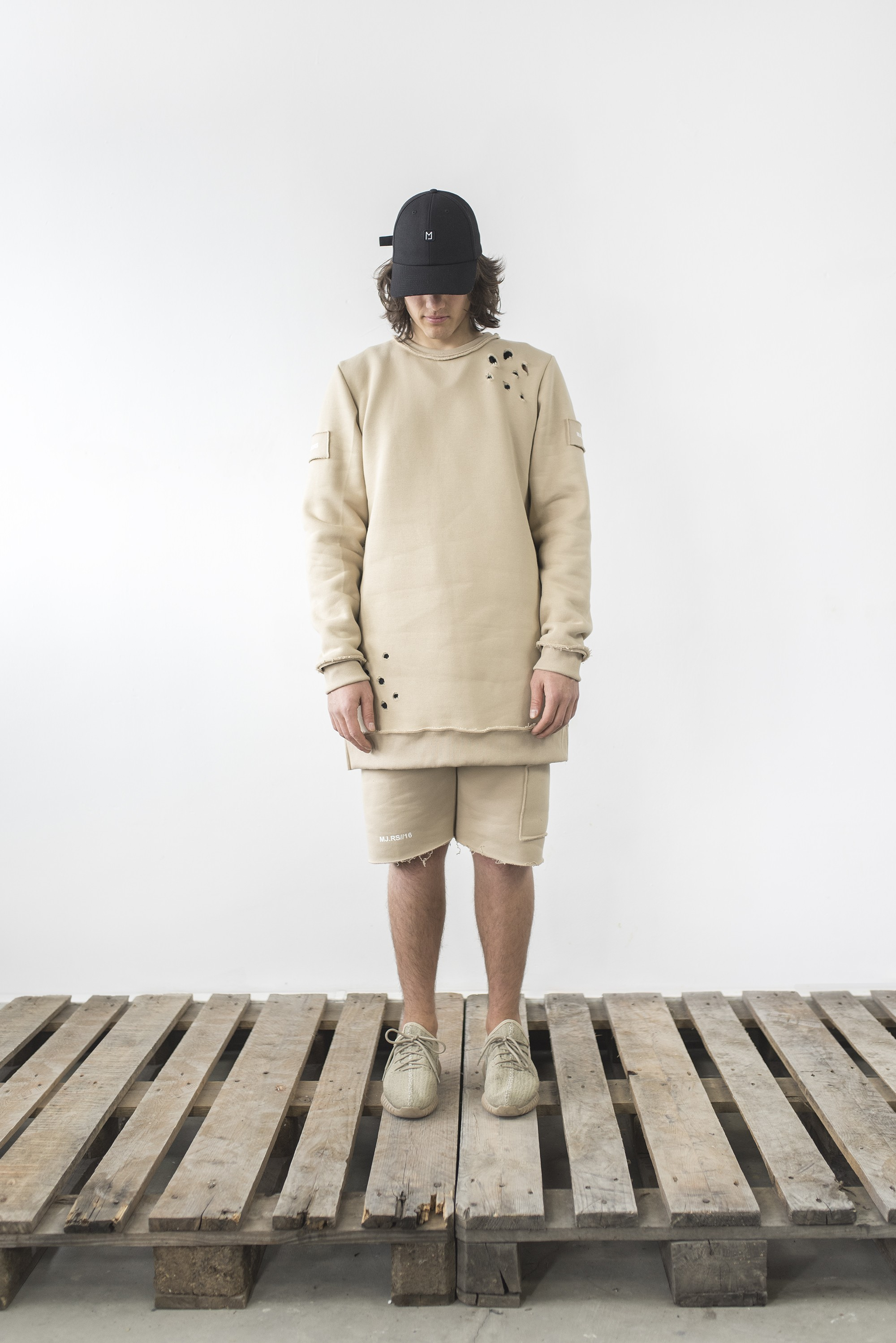 Bluza Destroyed crewneck sand - 63546