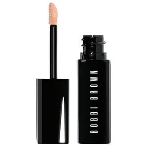 Image of Bobbi Brown Twarz Nr 03 - Light to Medium Bisque Korektor 7.0 ml