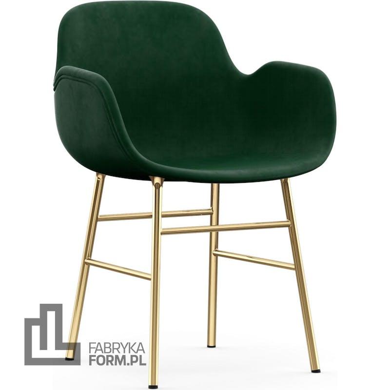 Fotel Form tapicerowany na mosiężnych nogach