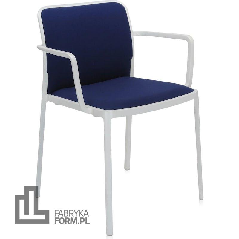 Krzesło Audrey Soft niebieskie z podłokietnikami biała rama