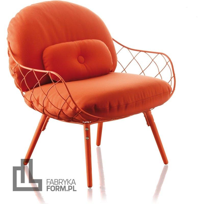 Fotel niski Pina czerwona rama i siedzisko, czerwone nogi