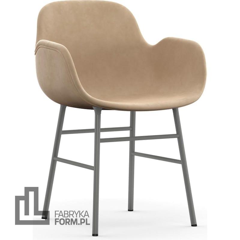 Fotel Form tapicerowany na stalowych nogach