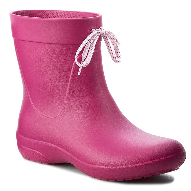 Kalosze CROCS - Freesail Shorty Rainboot 203851 Berry