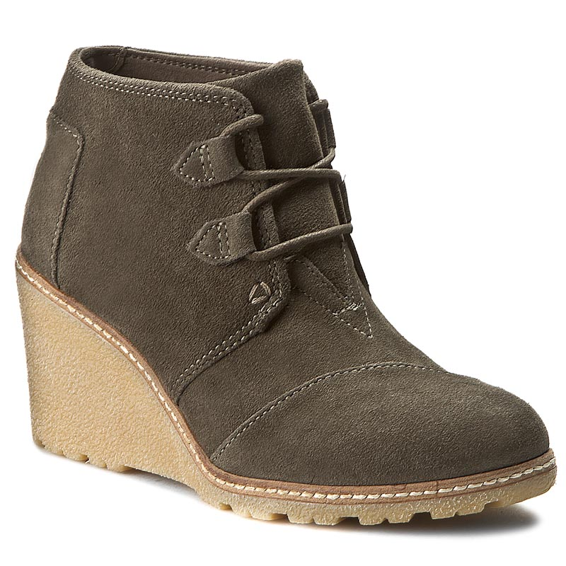 Botki TOMS - Desert Wedge 10008907 Tarmac Olive Suede With Faux Crepe Wedge